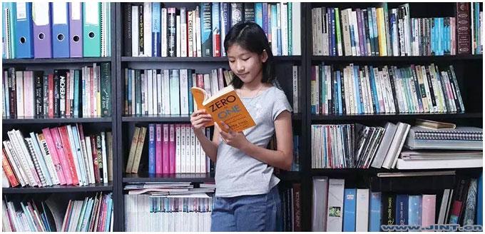 13岁小女孩每周平均阅读20本书,在阅读中找到了创业的灵感