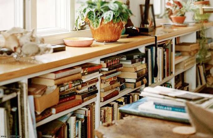 经常读书和不读书的人,有5方面的差距