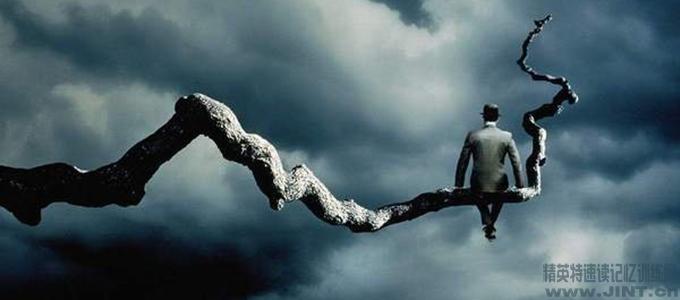焦虑是一种在预感不利情景出现的前提下,心灵或身体产生的紧张、不安等等的综合情绪体验