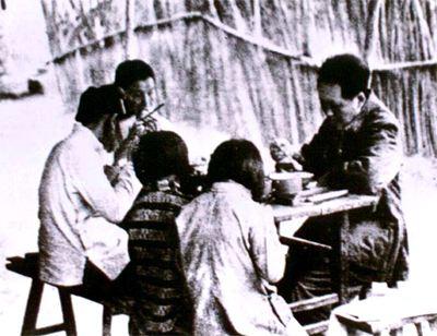 毛泽东要求子女的读书内容必须广博